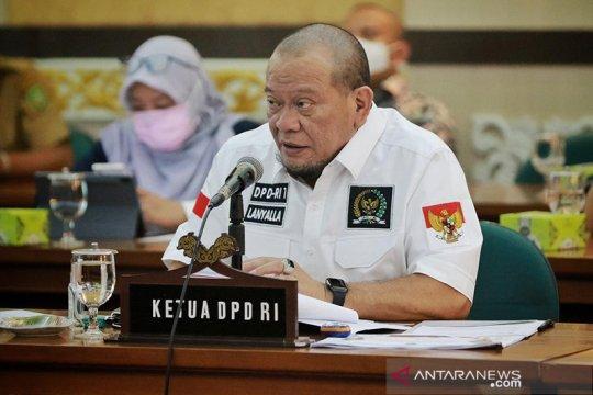Ketua DPD RI minta senator ikut awasi penyaluran bansos