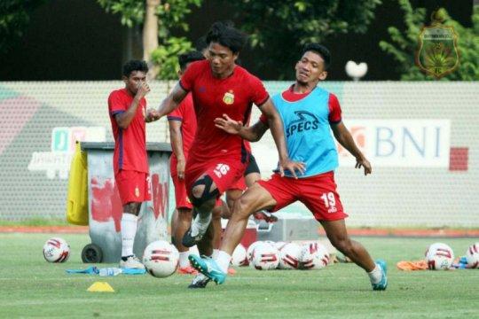 Achmad Jufriyanto kembali berseragam Persib Bandung