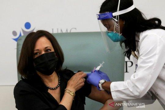 Biden serukan negara-negara bagian prioritaskan vaksin bagi para guru