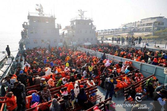 Bangladesh akan kirim 1.700 pengungsi Rohingya ke pulau rawan banjir