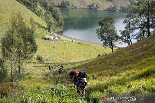 Pendakian Gunung Semeru ditutup total hingga 31 Maret 2021