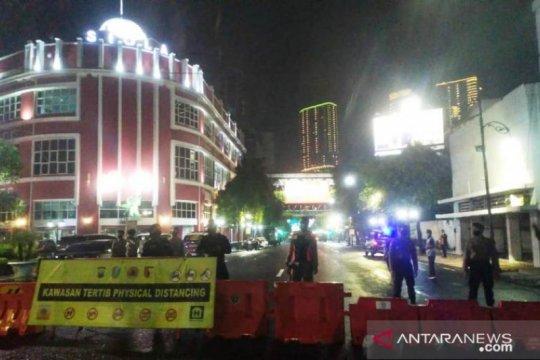 Polisi sekat kawasan perbatasan Surabaya mulai sore