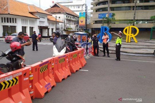 Jalan Braga Bandung mulai ditutup jelang malam tahun baru