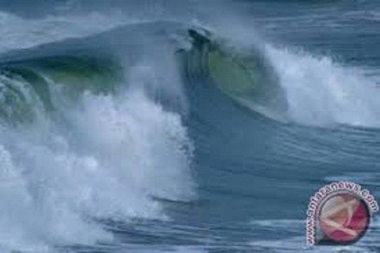 Waspadai gelombang tinggi 1,25-2,5 meter di laut Jawa bagian barat