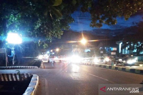 Sejumlah akses jalan menuju lokasi keramaian di Jayapura mulai ditutup