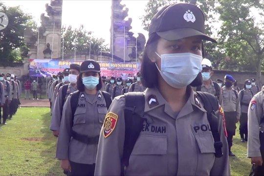 Cegah penularan COVID-19, anggota Polres Badung diberikan kelengkapan APD