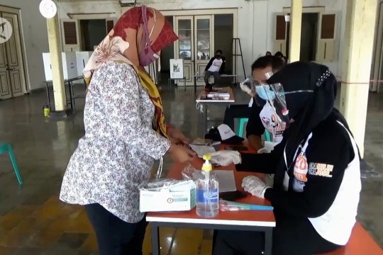 KPU Ngawi gelar simulasi pemungutan suara dengan protokol kesehatan