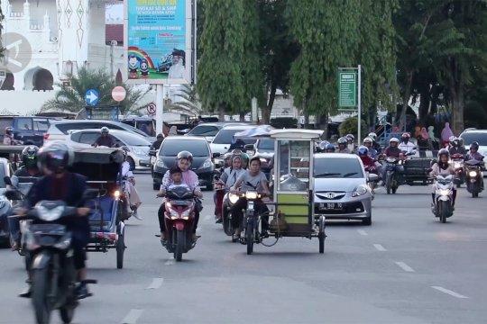 Wali Kota Banda Aceh usulkan hukum cambuk bagi rentenir