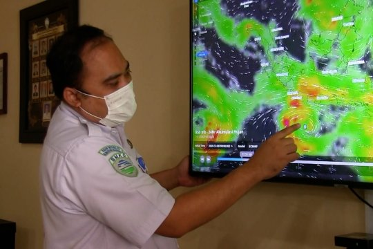 BMKG waspadai cuaca ekstrem selama sepekan akibat bibit siklon tropis