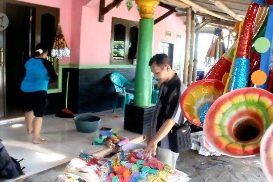 Pemkot Cirebon larang penjualan terompet tahun baru