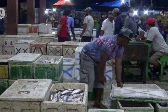 Harga ikan Laut di Banjarmasin dipastikan tidak naik hingga awal 2021