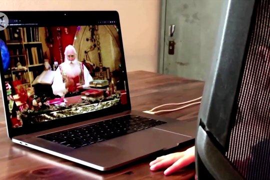 Kencan dengan Sinterklas di dunia maya