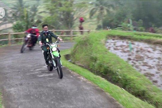 Kunjungi persawahan terasering Tabanan, Mentan gunakan motor trail