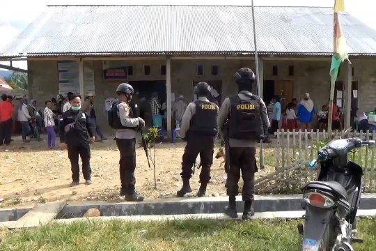 Pasca penyerangan teroris, warga Desa Lemban Tongoa tetap gunakan hak pilih
