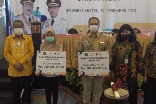 Pelaku usaha pariwisata di Ambon terima BLT dari Kemenpar