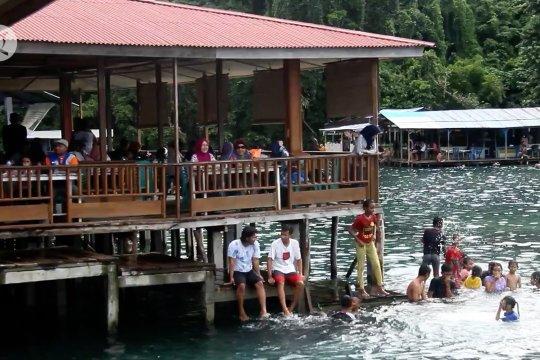 Satgas  COVID-19 Ternate minta wisatawan patuhi 3M