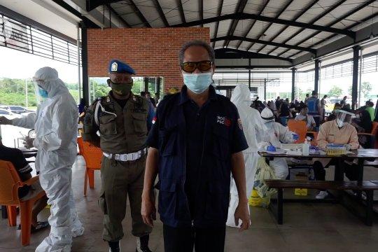 Tes cepat antigen gratis di Tol Batang untuk pengemudi