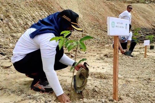 Atasi penebangan liar, Purna Paskibraka Sultra aksi tanam pohon