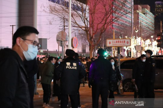 China laporkan kasus kematian pertama COVID-19