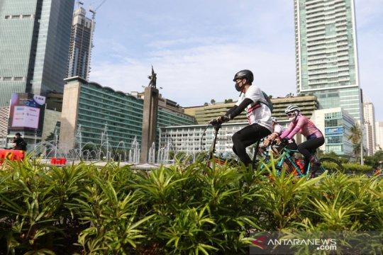 Warga ibu kota berolahraga di jalan protokol meski CFD belum diberlakukan lagi