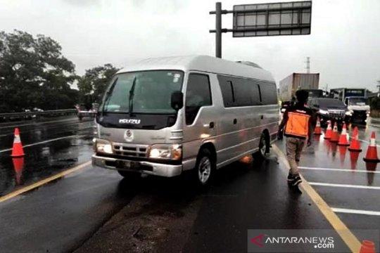 Arus balik Tahun Baru,  tol Japek arah Jakarta diberlakukan contraflow