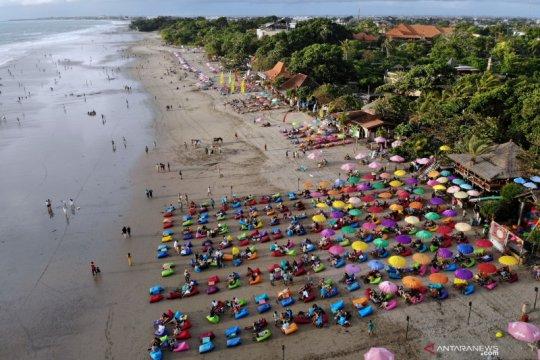 Menko Airlangga: Bali terbitkan regulasi PSBB, DKI menyusul