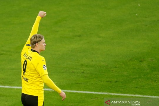 CEO Dortmund klaim Haaland akan bertahan satu musim lagi