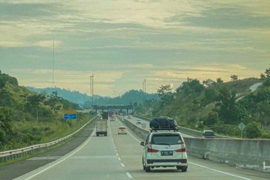 Sejuta kendaraan lintasi tol Trans Sumatera selama libur akhir tahun