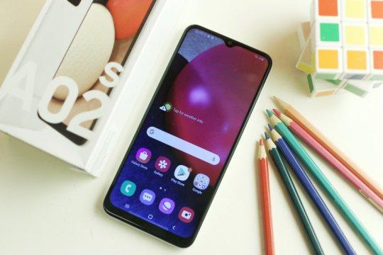 Samsung berencana jual semua ponsel tanpa charger