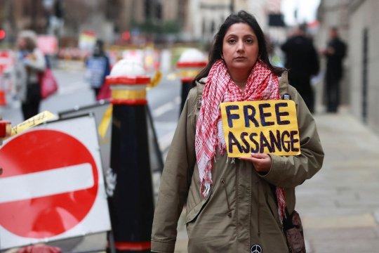 PM Australia izinkan Assange pulang asalkan bebas dari jerat hukum