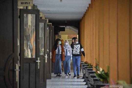 Kemendikbud: SKB soal seragam sekolah tidak mengurangi hak beragama