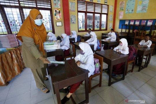Kemendikbud: Pembelajaran semester genap mengacu SKB Empat Menteri