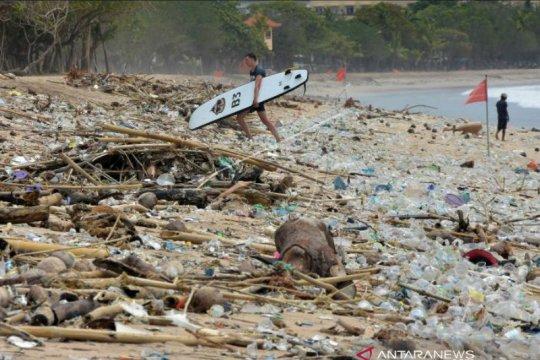 DLHK Badung maksimalkan penanganan sampah kiriman di pantai