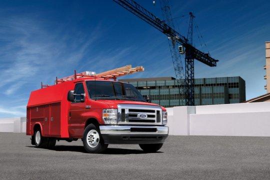 Ford E-350 dan E-450 ditarik karena posisi insulasi yang salah