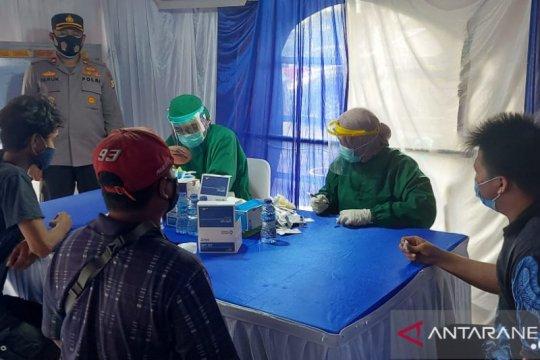 Polsek Tambora tes cepat 29 pelanggar operasi tertib masker