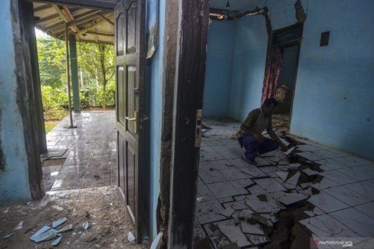 Bencana pergerakan tanah di Ciamis