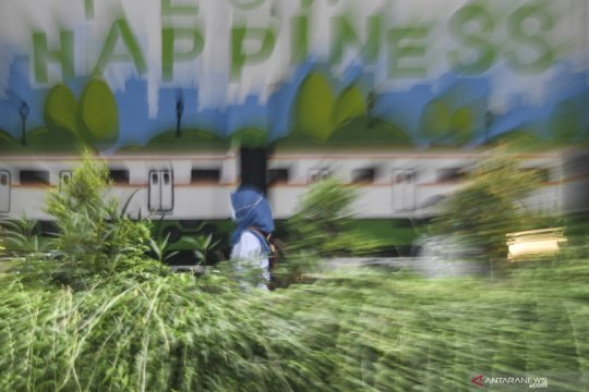 Anies berlakukan 75 persen WFH perkantoran di zona merah Ibu Kota