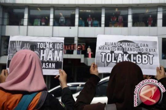Pengamat dukung pemecatan prajurit TNI terlibat LGBT