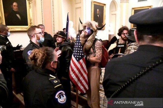 Dua pejabat Gedung Putih mundur usai kerusuhan gedung Kongres AS