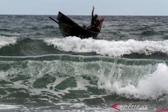 BMKG: Waspadai gelombang tinggi 4 meter di perairan Aceh