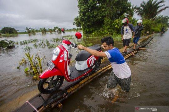 Cuaca ekstrem berpotensi mendatangkan bencana di sejumlah daerah