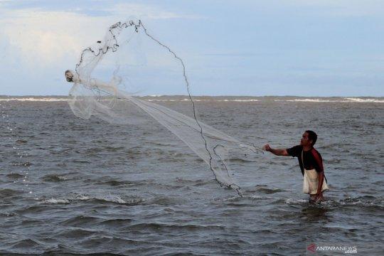 KKP-Unib pasang dua alat deteksi tsunami di perairan Bengkulu