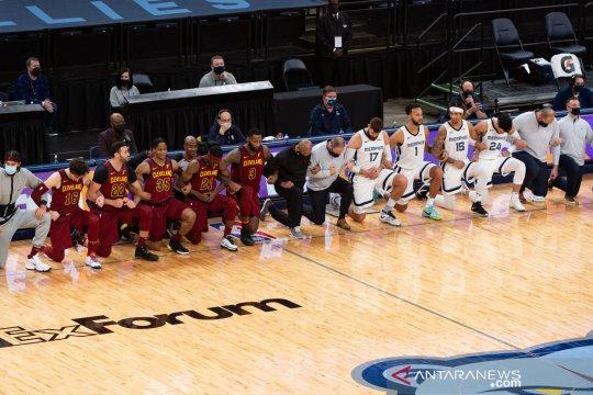 Cavaliers hempaskan Grizzlies dalam duel dua tim pincang