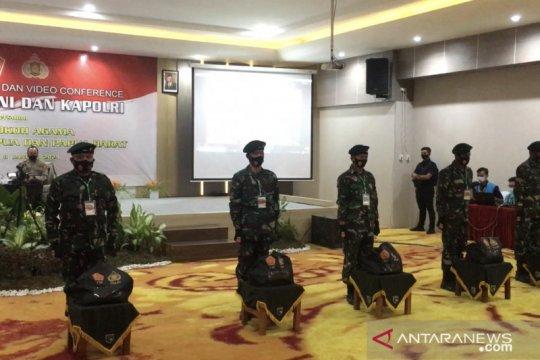 Panglima TNI ajak tokoh agama Papua dan Papua Barat sosialisasi vaksin