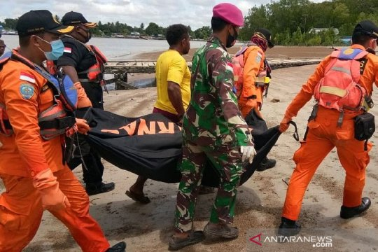 Tim SAR gabungan temukan jenazah ABK KM Bintang di Sungai Kumbe