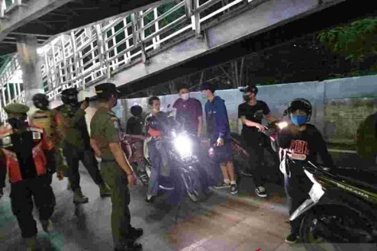 316.754 pelanggar masker ditindak Satpol PP DKI selama PSBB Transisi