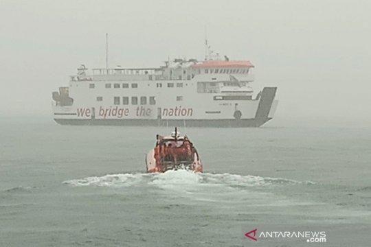 Kapal penumpang kandas di laut Perairan Mentawai