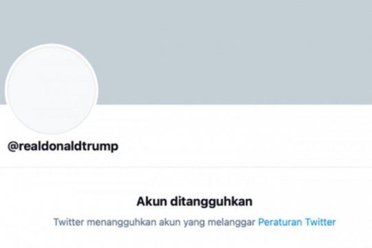 Twitter blokir akun Trump secara permanen