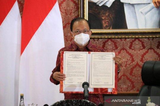 Gubernur Bali-Christian Dior sepakat promosikan kain endek