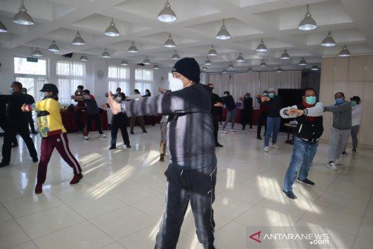 Olahraga tingkatkan imun di KBRI Beijing